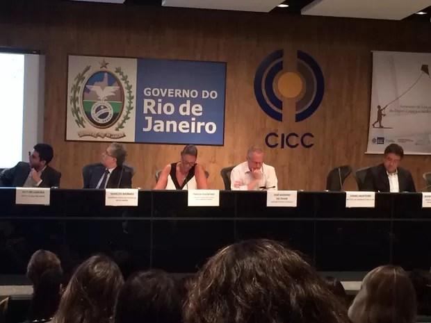 Beltrame falou sobre ação de PMs em Costa Barros (Foto: Marcelo Elizardo/G1)