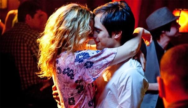 Gael García Bernal e Kate Hudson vivem médico e paciente que se apaixonam em 'Pronta Para Amar'  (Foto: reprodução/divulgação)