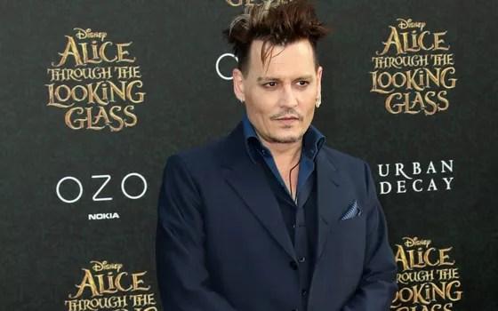 Johnny Depp interpreta Gerardo Gindelwald o vilão da nova saga (Foto: Getty Images)