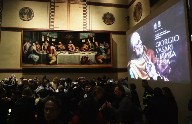 FLORENCE, ITALY - NOVEMBER 04: A general view during the Giorgio Vasari's Last Supper Painting Unveiling Ceremony - A Restoration Project Supported By Prada on November 4, 2016 in Florence, Italy.  (Photo by Vittorio Zunino Celotto/Getty Images for Prada) (Foto: Getty Images for Prada)