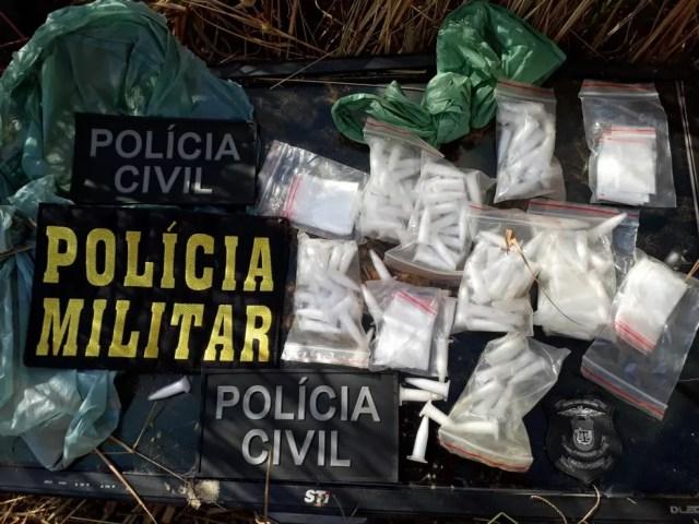 Drogas e armas foram apreendidas na operação (Foto: Polícia Civil de MT/Assessoria)