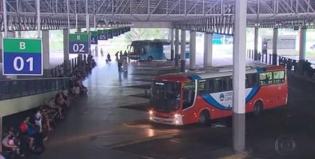 Lei é válida para o transporte intermunicipal de passageiros em Pernambuco — Foto: Reprodução/TV Globo