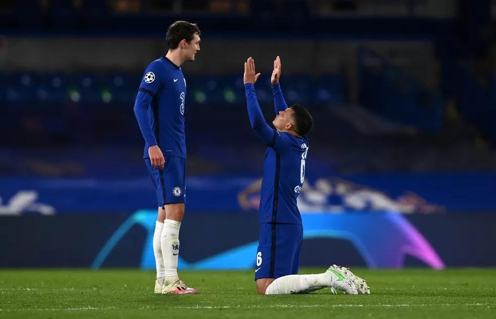 Thiago Silva agradece depois de vitória do Chelsea em cima do Real Madrid — Foto: Getty Images