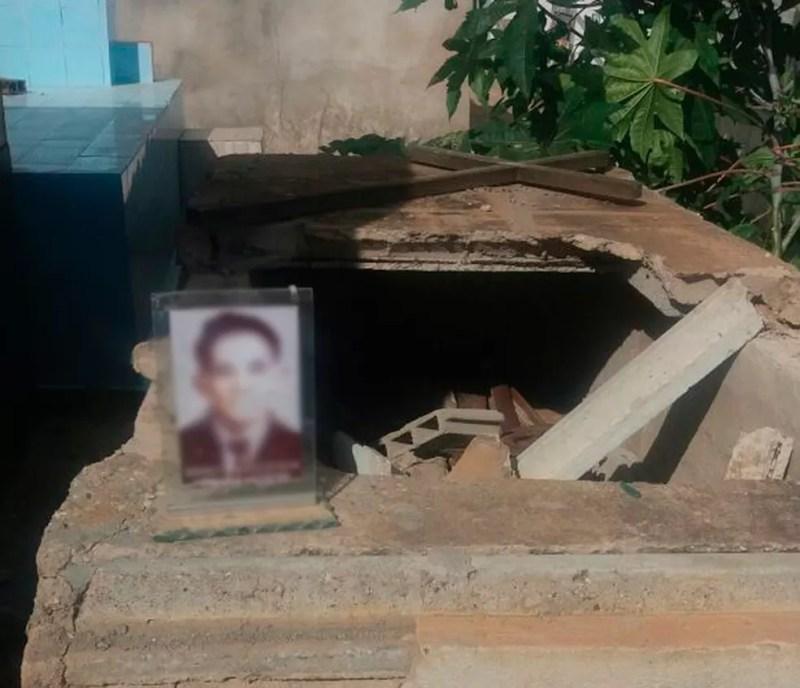 Túmulos foram violados em Casa Nova, na BA (Foto: Anderson Andrade/Arquivo pessoal)