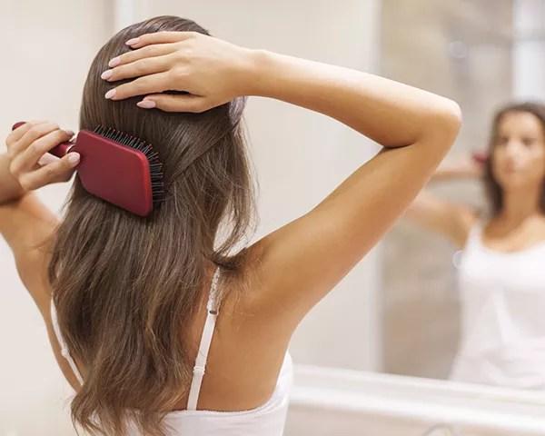 O cronograma capilar repõe os nutrientes do cabelo (Foto: Thinkstock)