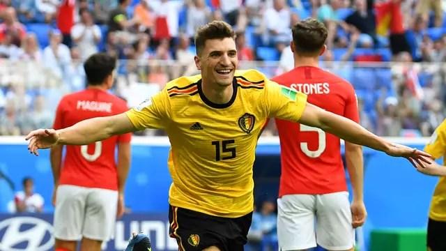 Meunier comemora gol em Bélgica x Inglaterra