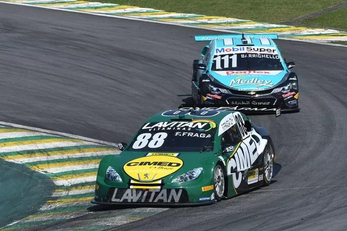 Chegada da Corrida do Milhão entre Felipe Fraga e Rubens Barrichello foi emocionante (Foto: Fernanda Freixosa / Divulgação)
