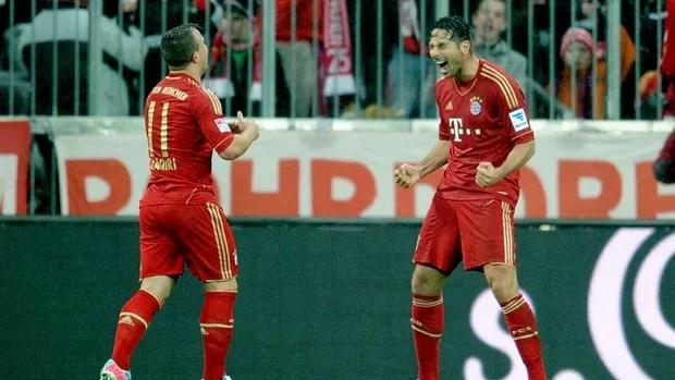 Claudio Pizarro gol Bayern de Munique contra Hamburgo (Foto: EFE)
