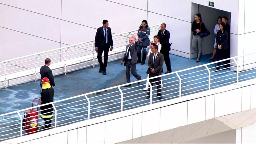 Presidente Temer recebe alta médica e deixa hospital (Foto: Reprodução/TV Globo)