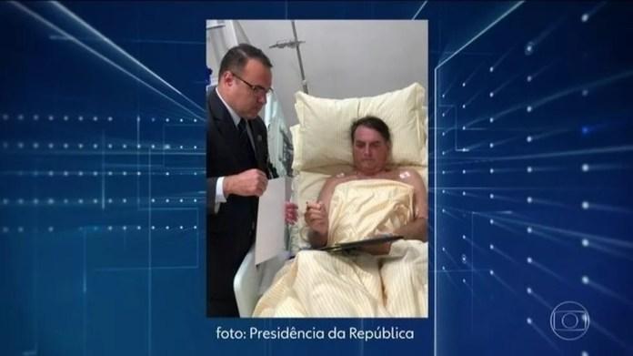 Bolsonaro despacha em gabinete improvisado em hospital — Foto: Reprodução/JN