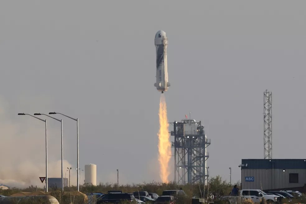 Decolagem do foguete New Shepard da Blue Origin em 20 de julho de 2020. — Foto: Reuters