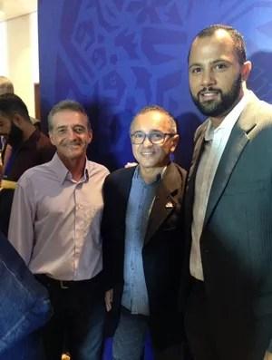 Gilberto Nunes, Amilton Gomes e Genivaldo (Foto: Divulgação/AOI)