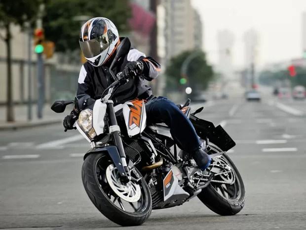 duke-200 - KTM define preço sugerido para a Duke 200