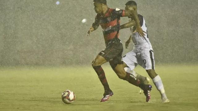 Vitória e Jacuipense se enfrentaram neste domingo, no Barradão