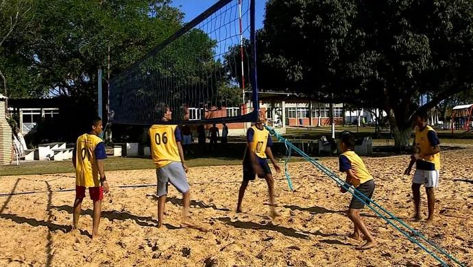 Alunos da rede pública, vôlei de quadra (Foto: Reprodução/TV Sergipe)