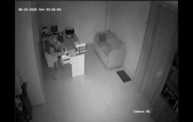 Bandidos arrombam escritório de contabilidade em Natal — Foto: Reprodução