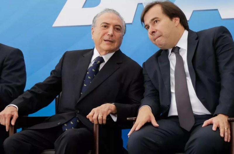 O presidente Michel Temer e o presidente da Câmara, Rodrigo Maia, durante evento em fevereiro (Foto: Marcos Corrêa / PR)