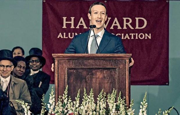 Em Harvard, Zuckerberg defendeu a ideia de renda mínima garantida pelo Estado. O dono do Face não está sozinho nessa cruzada social (Foto: Paul Morotta/Getty Images)