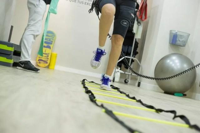 A fisioterapia especializada é altamente recomendada como tratamento da síndrome para recuperação motora do paciente — Foto: Pixabay