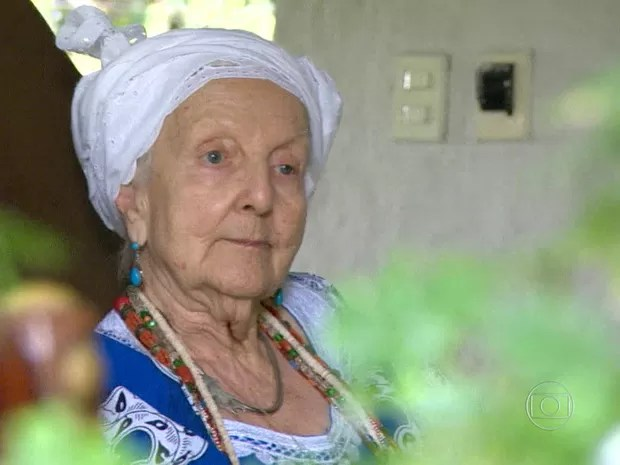 Yalorixá Gisele Omindarewa morreu aos 92 anos  (Foto: Reprodução/ TV Globo)