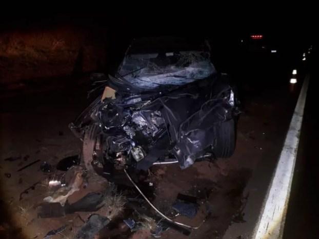 No carro da funerária conduzido pela vítima do acidente na SP- 331 em Balbinos (SP) também havia um caixão com um corpo  — Foto: Reprodução/Redes sociais