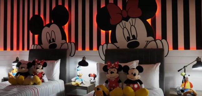 Quarto do Mickey e da Minnie — Foto: Reprodução / YouTube