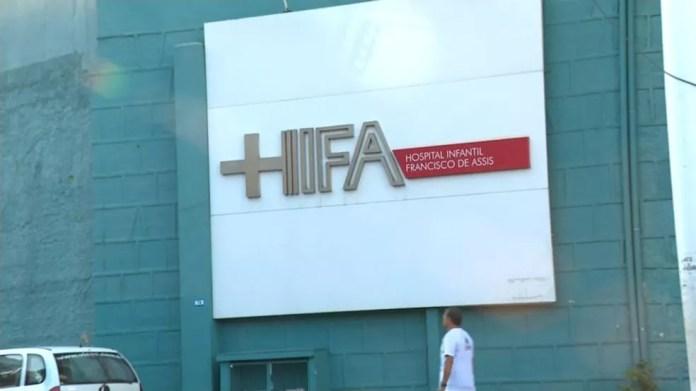 Criança de 2 anos é internada em isolamento com suspeita de H1N1 no ES (Foto: Roberto Duarte/ TV Gazeta)