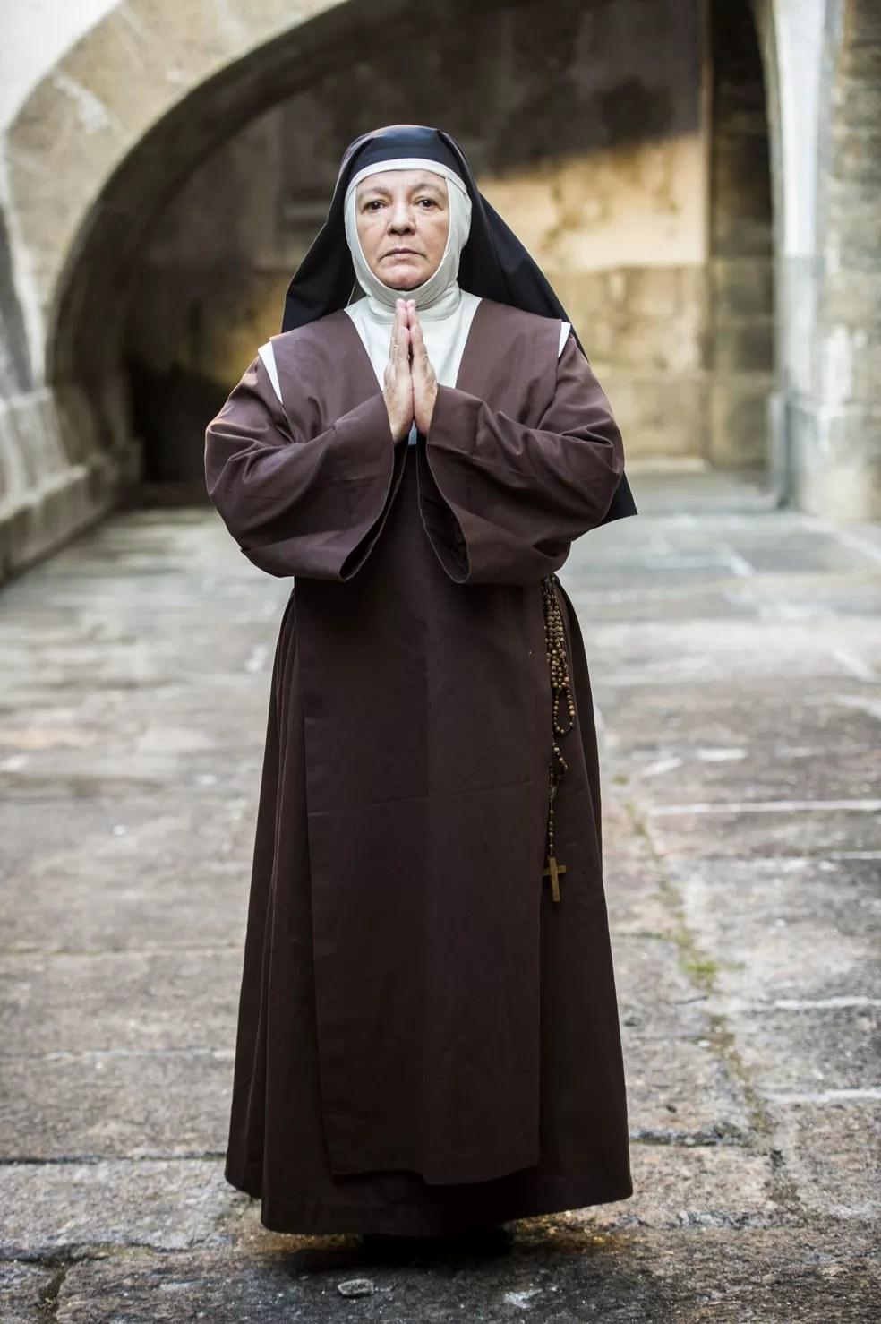 Bete Mendes será a dura e objetiva Irmã Imaculada (Foto: João Miguel Júnior/Globo)