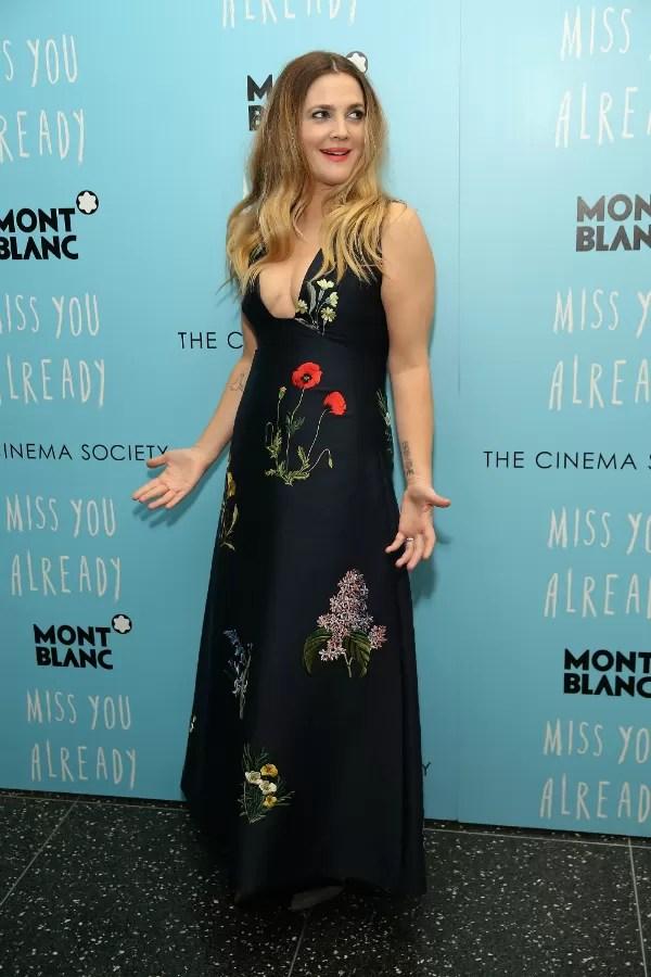 A próxima produção estrelada por Drew Barrymore chega ao Brasil em novembro (Foto: Getty Images)