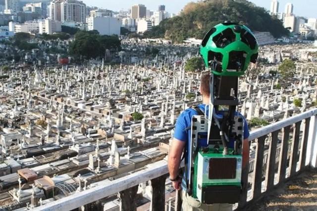 Trekker é utilizado para registrar imagens onde os carros não podem chegar (Foto: Divulgação/Google) (Foto: Google)