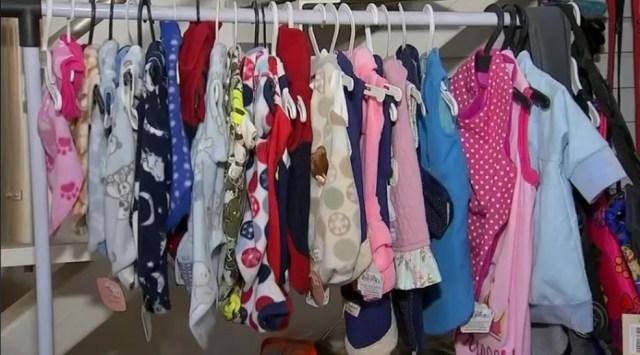 Venda de roupas para animais crescem no inverno  (Foto: Reprodução/TV TEM)