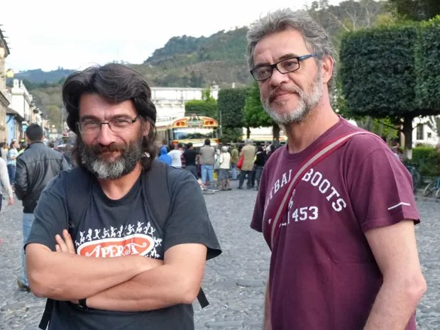 Cesar Troncoso e Jean Pierre Noher (Foto: Flor do Caribe / TV Globo)