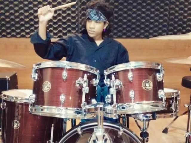 Mateus Moreira tocando bateria (Foto: Mateus Moreira/Arquivo pessoal)