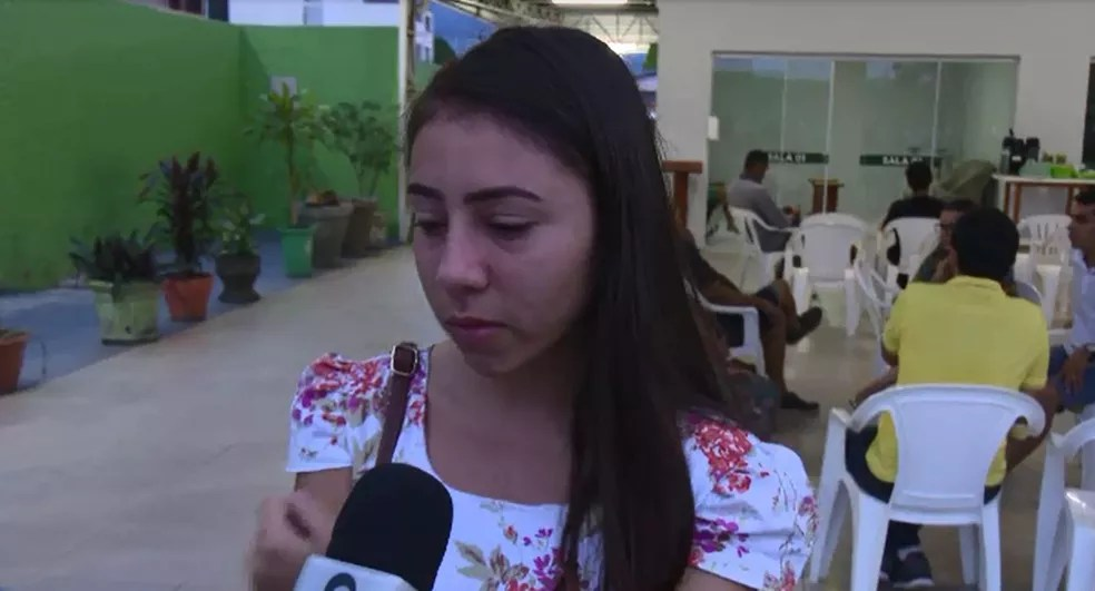 Paloma Garcia, uma dos filhos de Luiz Alberto, falou da trsiteza de perder o pai (Foto: Reprodução/Rede Amazônica Acre)
