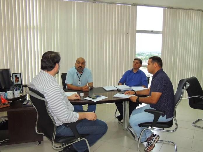 Sesacre se reuniu para definir medidas preventivas para evitar desabastecimento de medicamentos no Acre (Foto: Ascom/Sesacre)