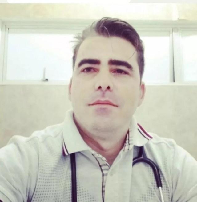 Médico George da Costa Melo morreu após ficar quase 50 dias internado em Cuiabá.  — Foto: Divulgação