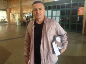 Roberto Carlos critica correção do Exame da Ordem. (Foto: Nadyenka Castro/ G1 MS)