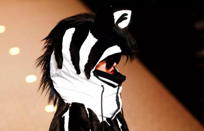 Desfile da Dolce e Gabbana também teve peças inspiradas em animais (Foto: Tony Gentile/Reuters)