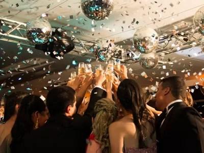 Com R$ 100 mil economizados das festas, os amigos abriram a primeira unidade da empresa em Juiz de Fora, MG (Foto: Divulgação)
