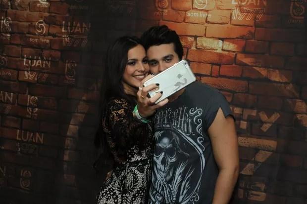 Emilly e Luan Santana (Foto: Marcello Sá Barreto/Ag.News)
