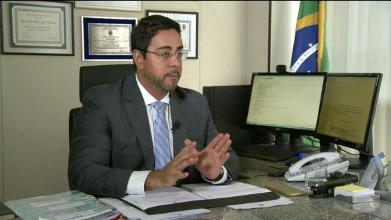 Marcelo Brêtas interrogou Cabral nesta sexta-feira (Foto: GloboNews reprodução)