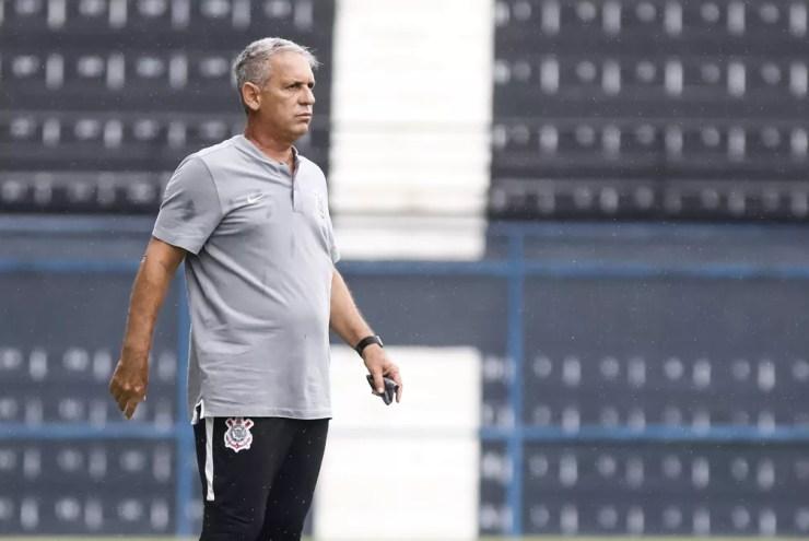 Edson Leivinha, técnico do sub-23 do Corinthians — Foto: Rodrigo Gazzanel/Ag. Corinthians