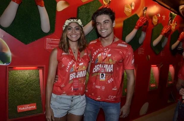 Carol Castro e Raphael Sander (Foto: Roberto Teixeira/ EGO)