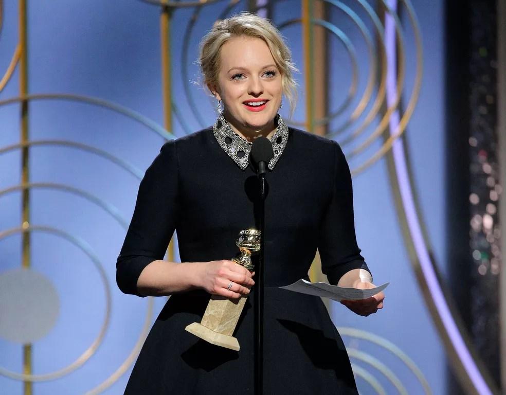 Elisabeth Moss ganha o Globo de Ouro 2018 na categoria melhor atriz em série de drama em 'The Handmaid's Tale' (Foto: Paul Drinkwater/NBC/AP)