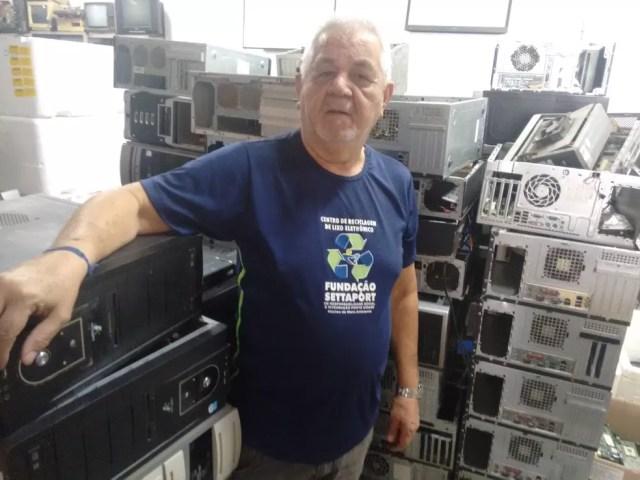 """Para Francisco Nogueira, do Settaport, público """"não entende"""" as consequências do descarte incorreto  — Foto: Daniel Gois"""