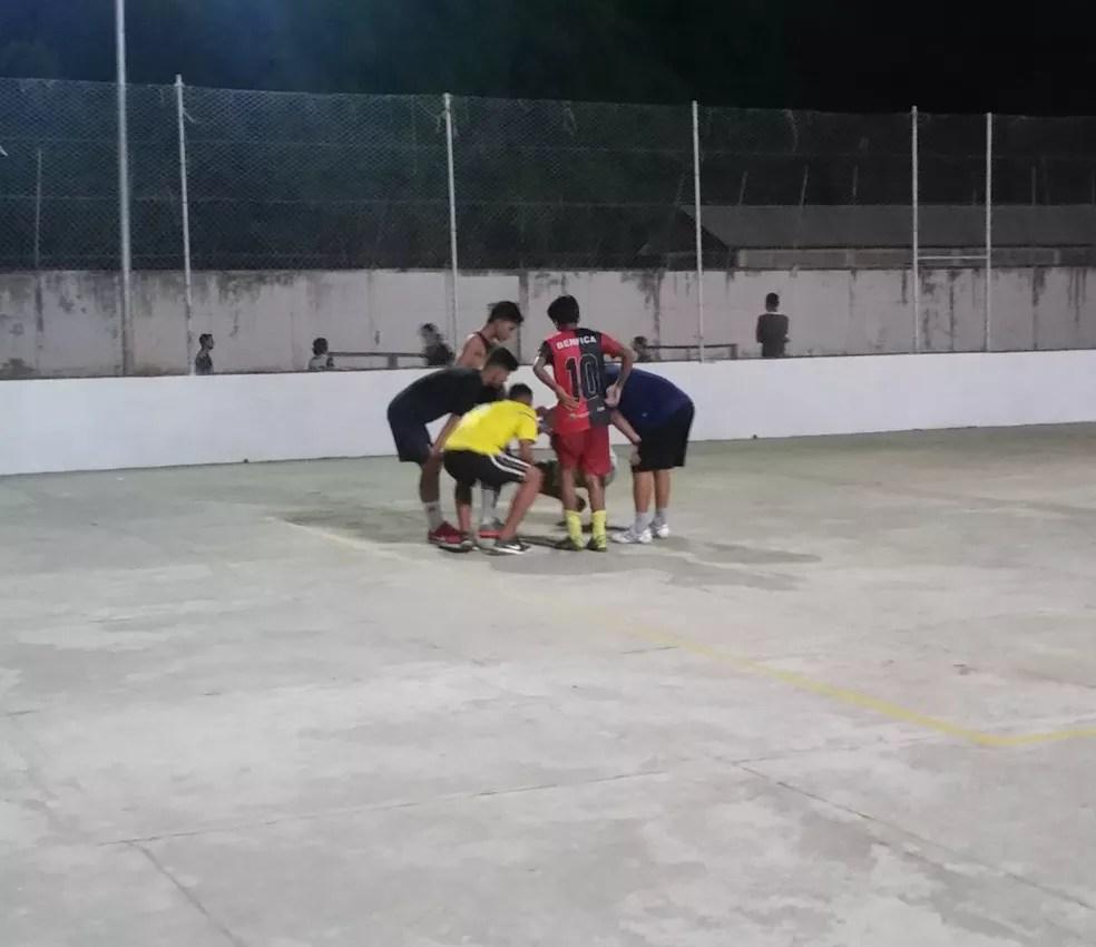 Último treino da equipe foi realizado em uma quadra público na capital acreana, por causa de imprevisto (Foto: Duaine Rodrigues)