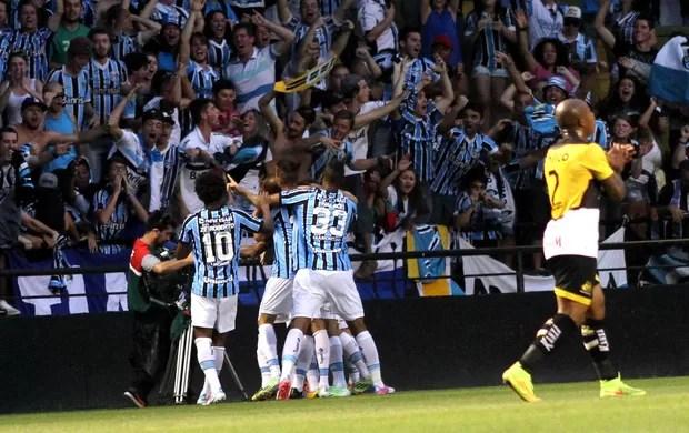 Comemoração do Grêmio contra o Criciúma (Foto: Fernando Ribeiro / Agência estado)