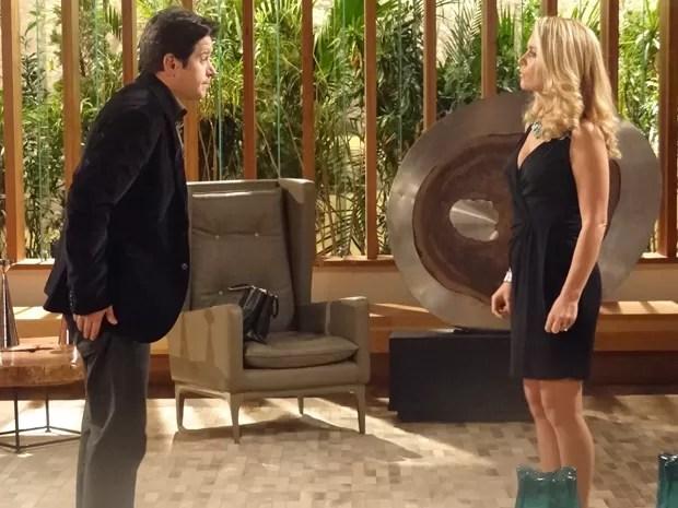 Pamela fala para Jonas que não vai com a cara de Manu (Foto: Geração Brasil / TV Globo)