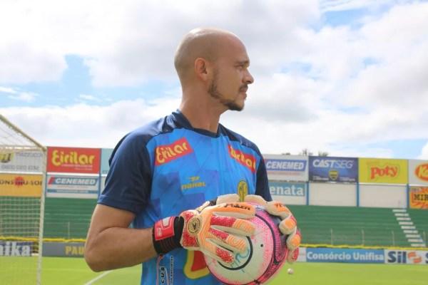 Fernando Leal goleiro do Mirassol (Foto: Marcos Antonio de Freitas / Divulgação)