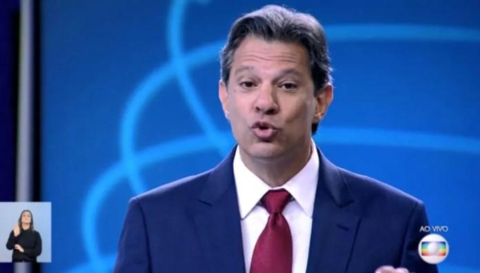 O candidato do PT à Presidência, Fernando Haddad, no debate da Rede Globo — Foto: Reprodução